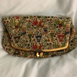 1960s Tapestry Fold Over Clutch—Vintage 💼